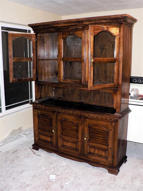 Kitchen Hutch Painting Ideas by How To Paint Furniture Bless This Mess