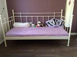 Ikea Betten 90x200 Weiß : ikea metallbett wei in michendorf betten kaufen und verkaufen ber private kleinanzeigen ~ Watch28wear.com Haus und Dekorationen