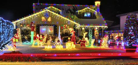 do icicle christmas lights use much power electricity cost consumption lights and decorations