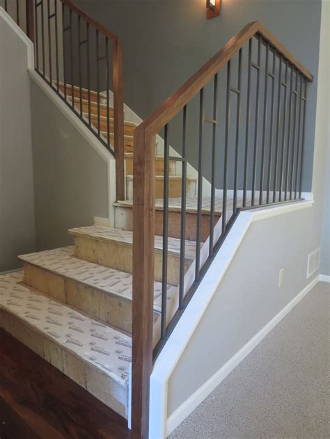 Handrails And Banisters For Stairs by Best 25 Interior Railings Ideas On Stairs