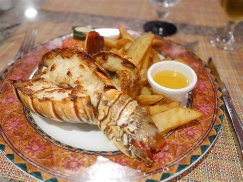 buffet cuisine pin lobster at the stake house at riu palace bavaro all