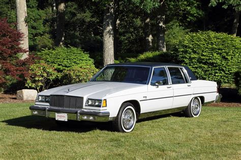 1982 BUICK ELECTRA 225 - 195837