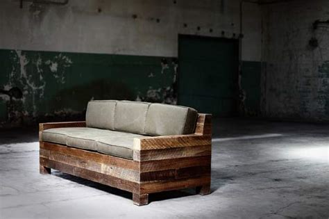 Moderne, Rustikale Möbel Aus Altholz Produziert  Blog An