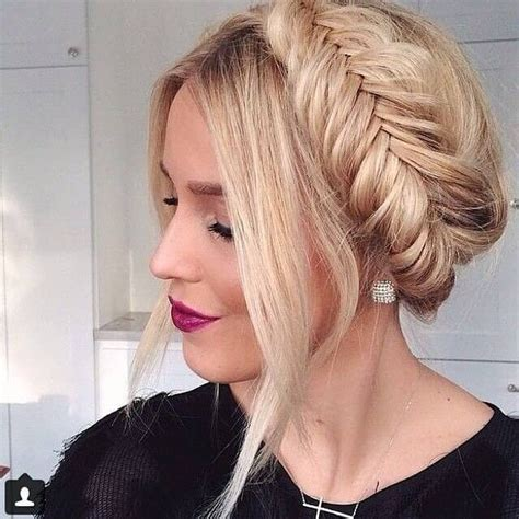 21+ Most Popular Prom Hairstyles for Girls Sensod
