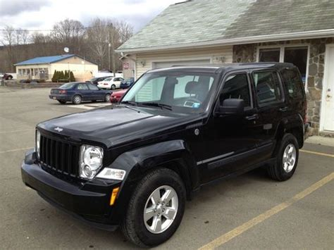 crashed jeep liberty purchase used 2012 jeep liberty 4wd rebuildable repairable