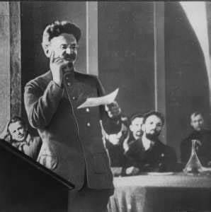 Russia revolutionary Leon Trotsky killed in 1940: This ...