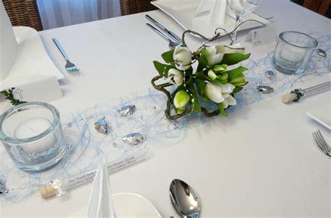 Tischdeko Weiß Silber by Tischdeko Silberhochzeit Blumen Nxsone45