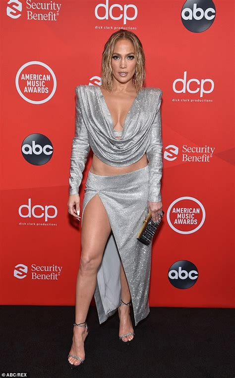Jennifer Lopez 'set to drop Armie Hammer from her upcoming ...