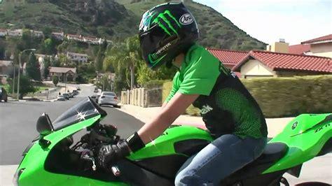 green kawasaki ninja zxr rider   street