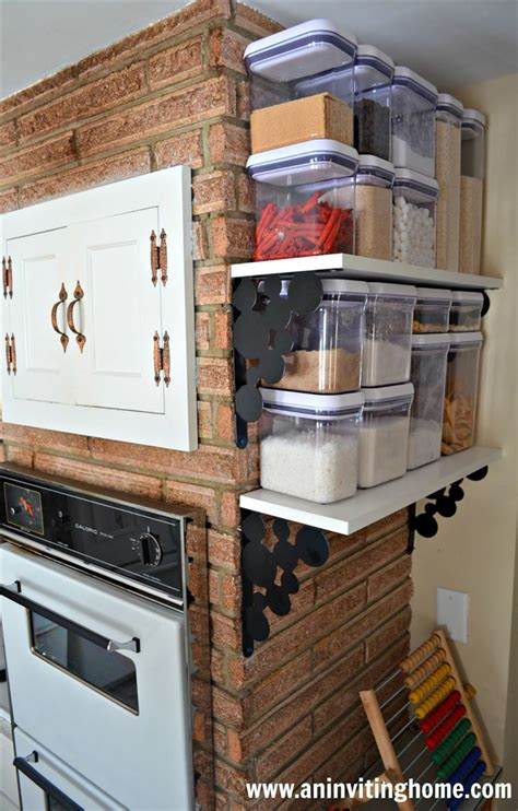 kitchen cabinet organizing 40 organization and storage hacks for small kitchens 2647