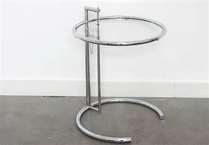 Eileen Gray E 1027 : table e 1027 eileen gray classicon lausanne suisse ~ Bigdaddyawards.com Haus und Dekorationen