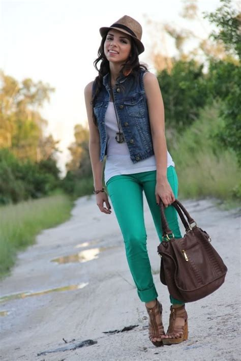 Giddy Over Green Styling Green Jeans Blonde Mom Blog
