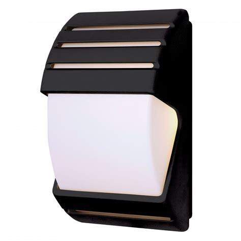 endon el 40022 ip44 dusk till wall light in black