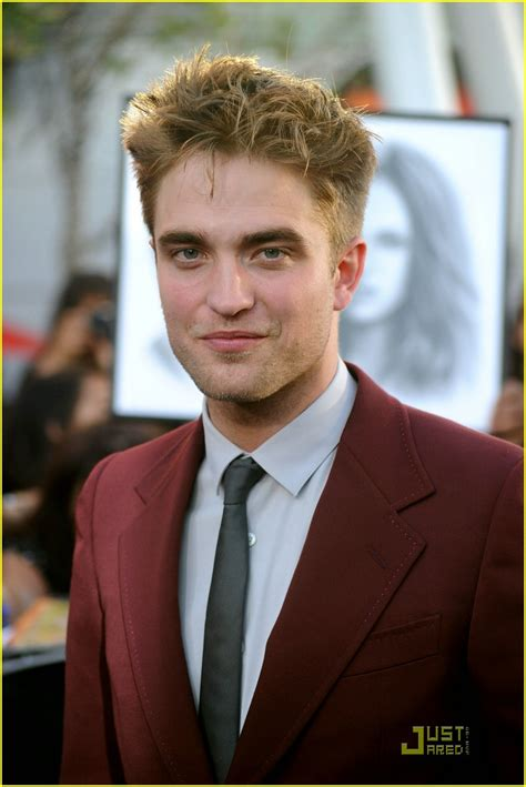 Robert Pattinson is Red-y for Eclipse! | Photo 375360 ...