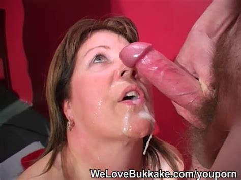 Shooting Cumshots Into Mature Womans Mouth Free Porn
