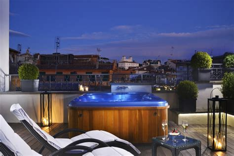 Review The First Luxury Art Hotel, Rome Hotels