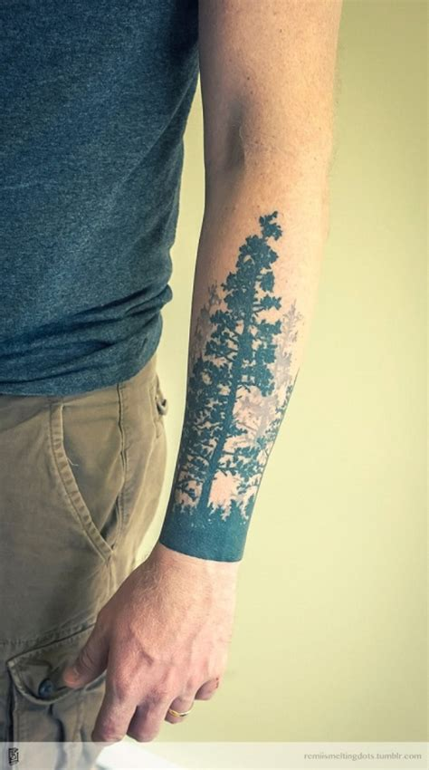 attractive tree wrist tattoos design