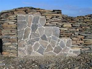 Naturstein Verblender Verlegen : polygonalplatten verlegen wand rc52 hitoiro ~ Lizthompson.info Haus und Dekorationen