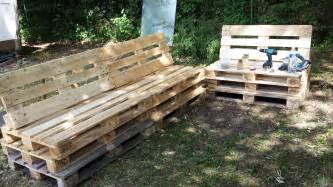 enchanteur meuble de jardin en palette de bois avec plan