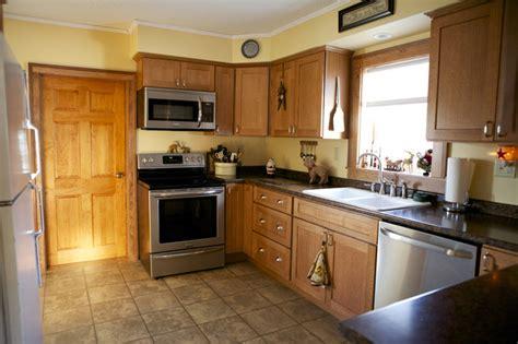 oak kitchen cabinets shaker door style cliqstudios