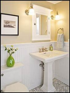 Adjustable Vintage Lamps Add Farmhouse Charm to a Vanity