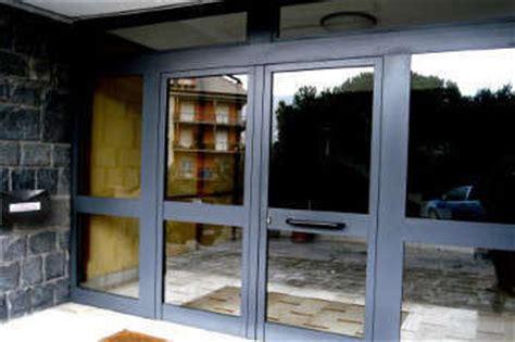 portoni ingresso condominio portoni su misura a roma 10 mod preventivo gratuito
