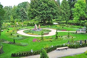 Der Garten Trauert by Start Memoriam Garten Berlin