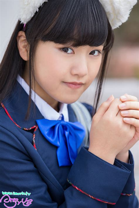 japanese girl idols kouzuki anjyu  junior idol uniform