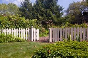 Cloture Bois Design : les diff rents types de cloture en bois ~ Melissatoandfro.com Idées de Décoration