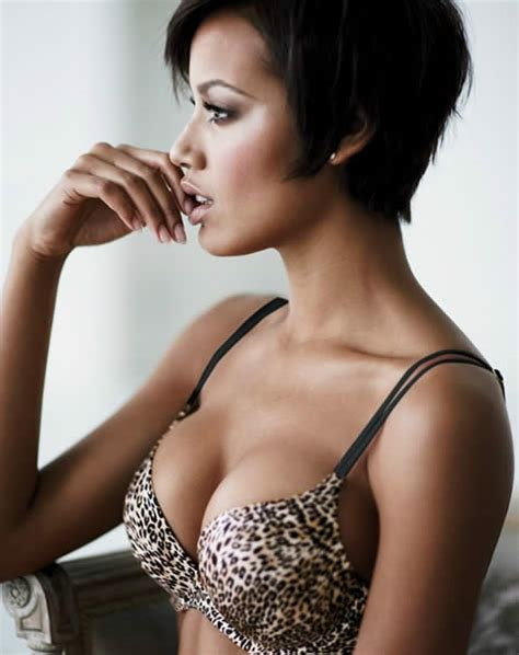 Primier League Standings by The Sexiest Lingerie Model Wag Ever The 20 Hottest
