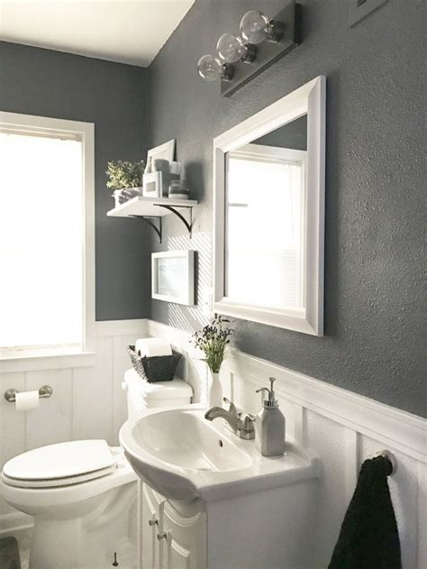 gray and white bathroom ideas 17 best ideas about gray bathrooms on gray and