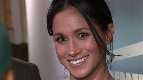 Meghan Markle Rocks New Hairstyle During Stylish Radio Station Visit With Prince Harry Pictures Of Short Curly Hair With Highlights Platinum Blonde Dye For Grey Latest Style Image Fine Straight Updos How To Make Hairstyles Summer 2016 Look Messy Guys 2 Cool Ways