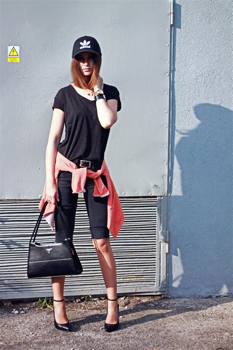 BLACK/ORANGE OOTD - Lilu0026#39;icons