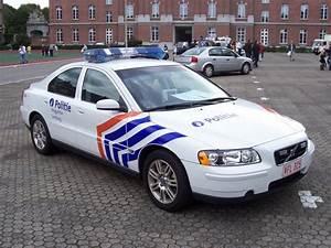 Site De Voiture Belge : photos de voitures de police auto titre ~ Gottalentnigeria.com Avis de Voitures