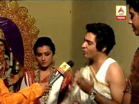 actress lakshmi daughter samyuktha lakshmi puja at mahanayak uttamkumar s residence youtube