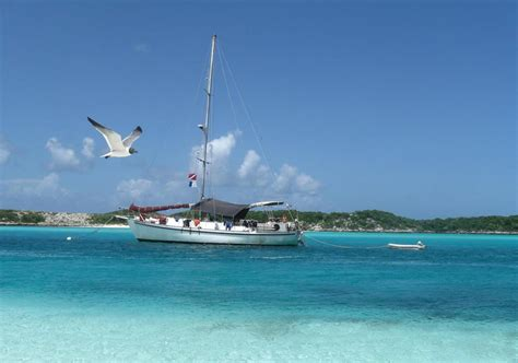 Diving Nassau, Bahamas: Blackbeard Cruises