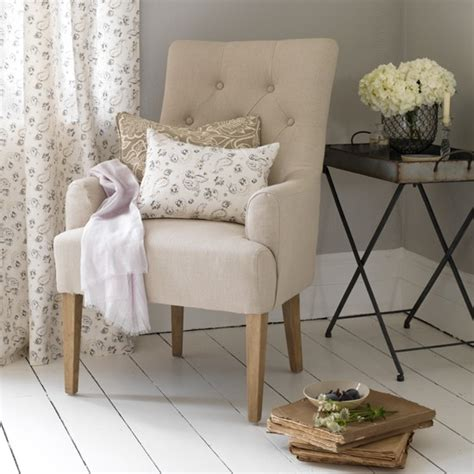 neutral living room armchair how to decorate with
