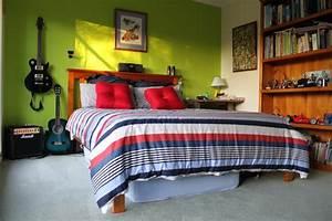 Teenage boys bedroom bedroom for Bedroom ideas for teenage guys 2