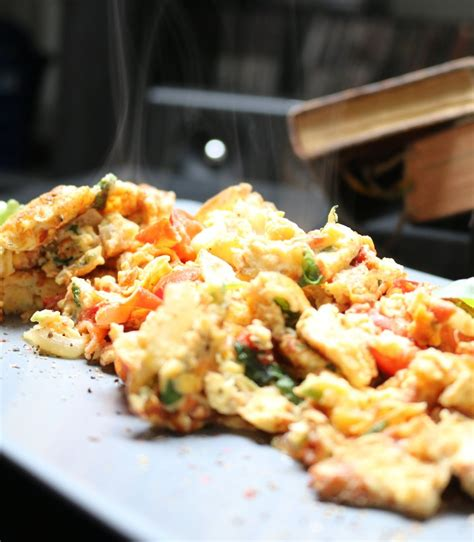 how to make eggs fluffy how to make perfect fluffy scrambled eggs on the stove
