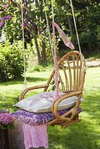 Outdoor Hanging Chair to Help You Swinging and Relaxing ...