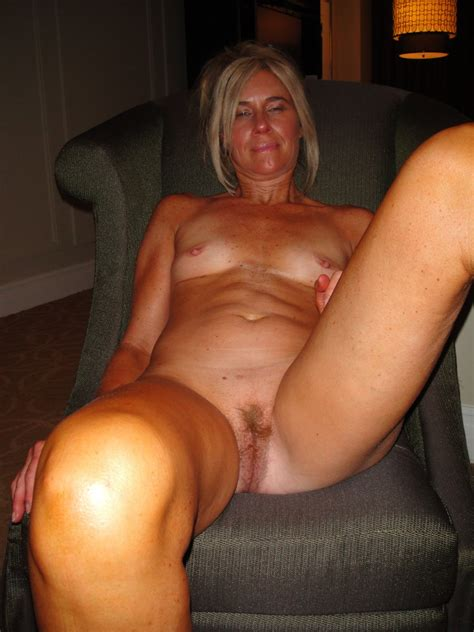 Slut Wife Bridgette Mature Hairy Pussy At