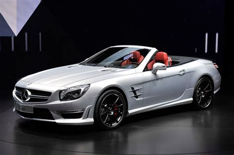 geneva  motor show pictures red hot sports cars