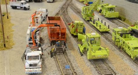 csx railroad maintenance   equipment