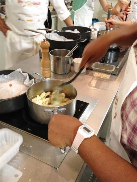cours cuisine chef un cours de cuisine à l 39 atelier des chefs nantaise fr