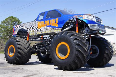 monster truck videos monster truck truck pull on pinterest monster trucks