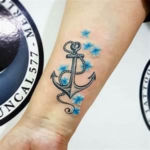 Sprüche Für Tattoos : t towierung ideen f r frauen anker am unterarm mit blauen blumen tattoo ideen pinterest ~ Frokenaadalensverden.com Haus und Dekorationen