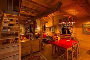 amenagement complet d39un appartement dans un chalet With meubles de montagne en bois
