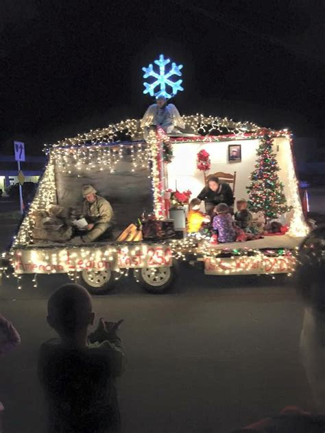 ideas  christmas parade floats  pinterest