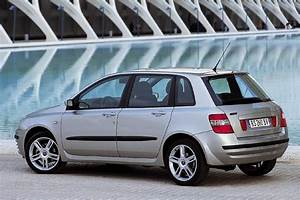 View Of Fiat Stilo 1 9 Jtd Actual  Photos  Video  Features And Tuning  Bestautophoto Com