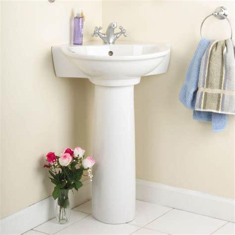 Corner Pedestal Sinks For Small Bathrooms by Best 20 Corner Pedestal Sink Ideas On